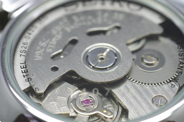 腕時計 高性能